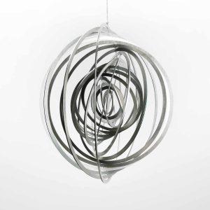 Edelstahl Manufaktur Windspiel Kreis Getwistet