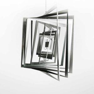 Edelstahl Manufaktur Windspiel Quadrat Getwistet
